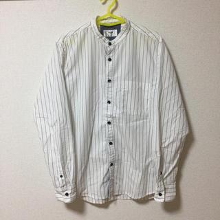 イッカ(ikka)の【美品】ikkaノーカラーボーダーシャツ(シャツ)