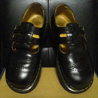 ドクターマーチン(Dr.Martens)の【専用】Dr.Martens 英国製 メリージェーン UK7 黒 ヴィンテージ(ローファー/革靴)