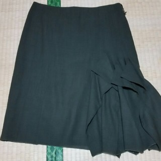 アクリス(AKRIS)のアクリススカート(ひざ丈スカート)