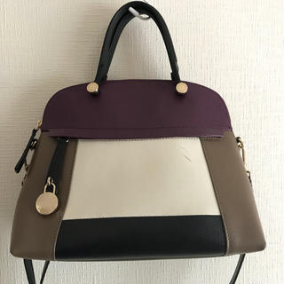 183688e0e841 FURLAフルラバイカラーパイパーL大紫マルチ人気完売. ¥38,900. フルラ(Furla)のFURLA パイパー パープル マルチカラー フルラ (ハンドバッグ)