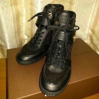 ルイヴィトン(LOUIS VUITTON)のいづみん様 専用 新品 ルイ・ヴィトン ウエッジ スニーカー ブーツ 黒(スニーカー)