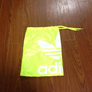 アディダス(adidas)のadidas ケース(ポーチ)