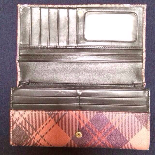 Vivienne Westwood(ヴィヴィアンウエストウッド)のVivienne長財布 レディースのファッション小物(財布)の商品写真