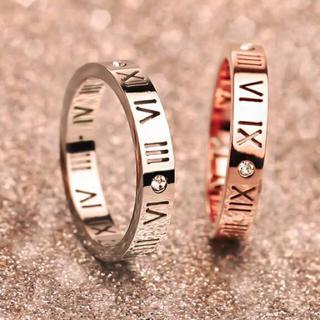 キラキラスワロ付!チタンステンレス!ローマ字数字スケルトンリング指輪(リング(指輪))