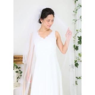 【新品/アウトレット】*ロングベール*装飾*ホワイト*3段*コーム付(ウェディングドレス)