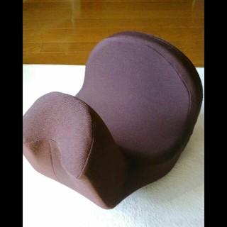 中古 コアスリムプレミアム 骨盤矯正ブラウン(グレイッシュレッド)半額(エクササイズ用品)