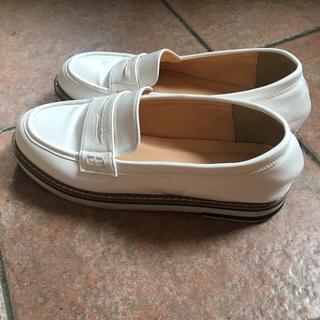 マッキントッシュフィロソフィー(MACKINTOSH PHILOSOPHY)のマッキントッシュ♡ホワイトローファーシューズ(ローファー/革靴)