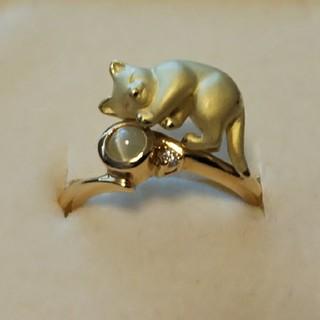 今にも動き出しそうな猫×クリソベリルキャッツアイ×ダイヤ K18リング(リング(指輪))