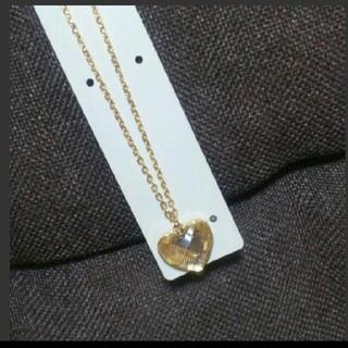 ジーユー(GU)の一粒ハートペンダント(クリアゴールド)(ネックレス)