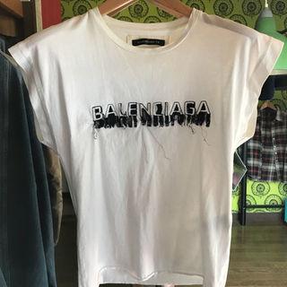 バレンシアガ(Balenciaga)のbalenciaga フロント刺繍ロゴTシャツ(その他)
