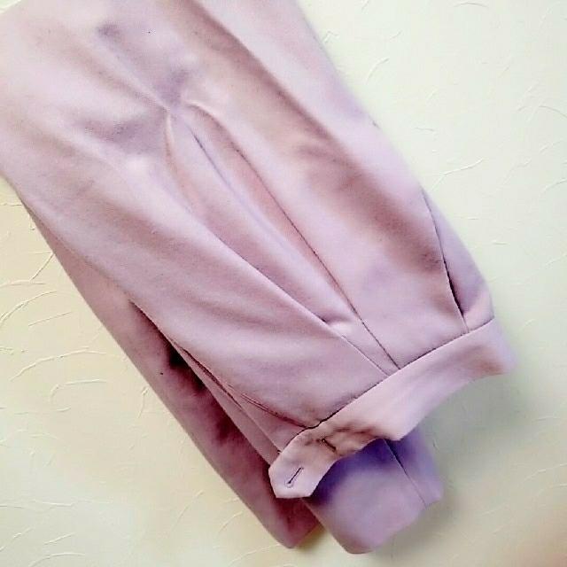 Adam et Rope'(アダムエロぺ)の美品 アダムエロペ パンツ ピンク パープル レディースのパンツ(カジュアルパンツ)の商品写真