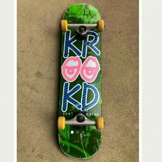 クルキッド(KROOKED)のKrooked(クルキッド)スケボー コンプリート(スケートボード)