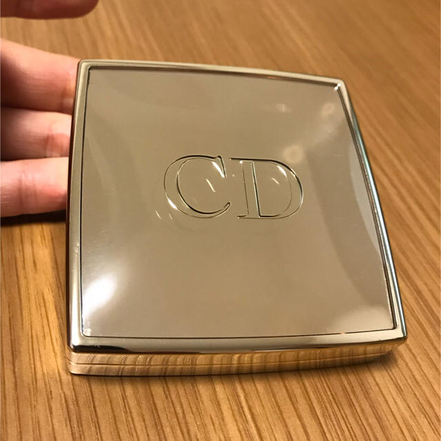 competitive price 71a83 40e81 【TSF123様専用】Dior ディオール コンパクトミラー | フリマアプリ ラクマ