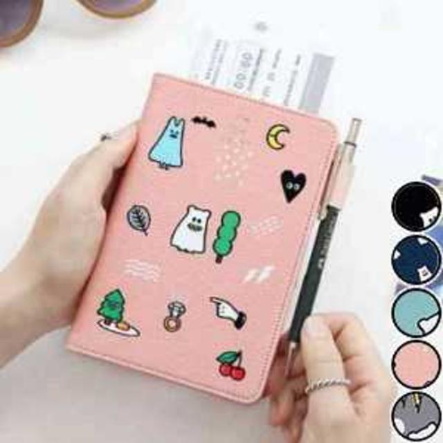 パスポートケース カード入れ 旅行 スキミング防止 イラスト ピンク