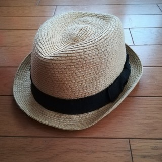 ジーユー(GU)のフリヒヒ様専用 これからの季節にぴったり! 美品子供用お洒落帽子 GU(帽子)