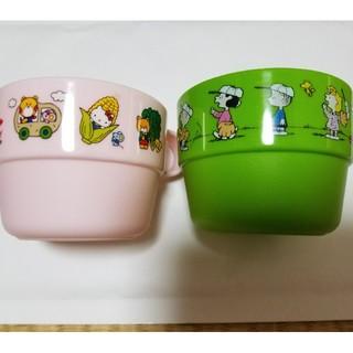 アジノモト(味の素)の専用 子供用カップ2個とカメラ(マグカップ)
