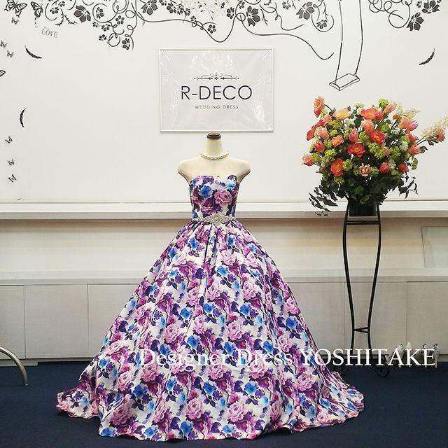 ウエディングドレス(パニエ無料サービス) パープル花柄 二次会/披露宴 レディースのフォーマル/ドレス(ウェディングドレス)の商品写真