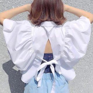 ザラ(ZARA)のザラ バックリボン フリル ブラウス(シャツ/ブラウス(半袖/袖なし))