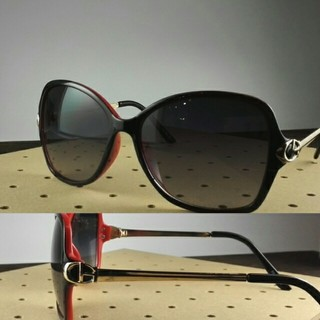 ファッションサングラスBT-V11255-1 ブラック/レッド スモーク 女子(サングラス/メガネ)