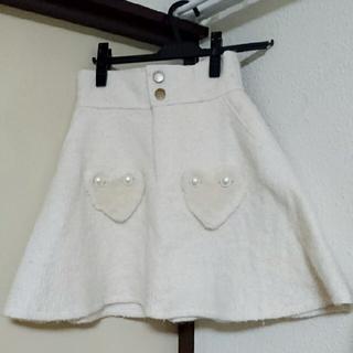 リズリサ(LIZ LISA)のLIZ LISA  ♡ファーポケットスカート(ひざ丈スカート)