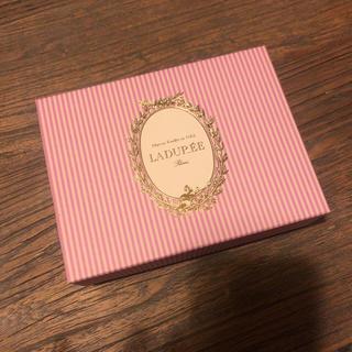 ラデュレ(LADUREE)のLADUREE化粧箱(その他)