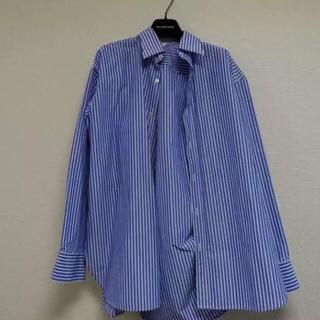 バレンシアガ(Balenciaga)のBALENCIAGA ピンチドカラーシャツ(シャツ)