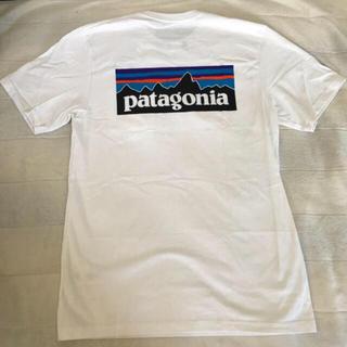 パタゴニア(patagonia)のpatagonia P6 ロゴ ポケット付きTシャツ(Tシャツ/カットソー(半袖/袖なし))