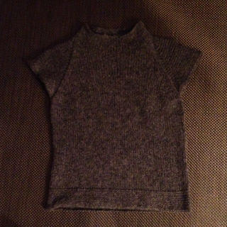 ムジルシリョウヒン(MUJI (無印良品))の無印良品 ダークグレー半袖ハイネック(ニット/セーター)