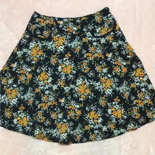 ストラ(Stola.)のstola  花柄  スカート  ストラ  フレアスカート(ひざ丈スカート)