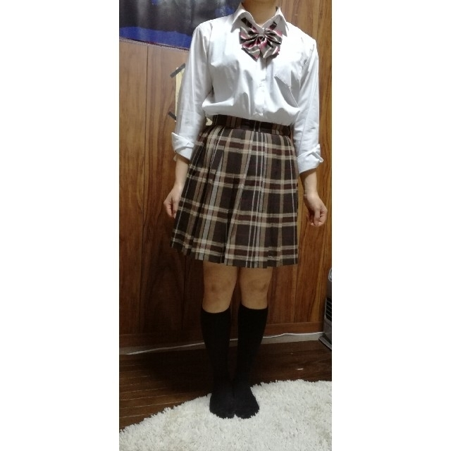 EASTBOY(イーストボーイ)の制服スカート リボン、ネクタイセット 着画あり レディースのスカート(ひざ丈スカート)の商品写真
