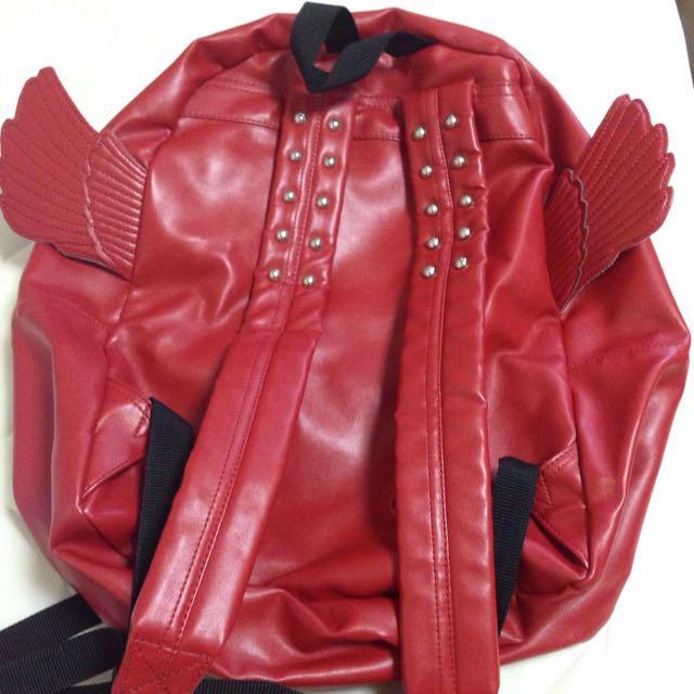 羽根つきリュック レディースのバッグ(リュック/バックパック)の商品写真