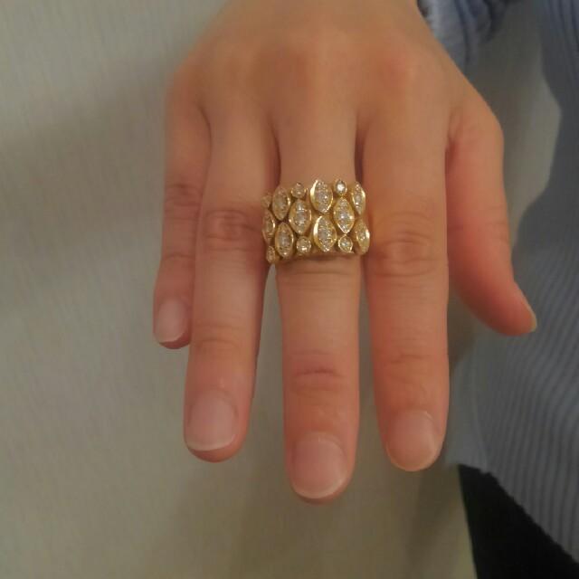 Cartier(カルティエ)のカルティエ ディアディアダイヤリング その2 レディースのアクセサリー(リング(指輪))の商品写真