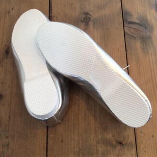 レペット(repetto)のクラウン シルバーフラットシューズ(ローファー/革靴)