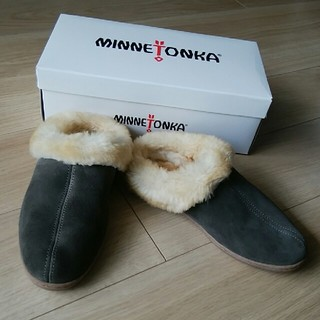 ミネトンカ(Minnetonka)のミネトンカ シープスキン ミュール(スリッポン/モカシン)