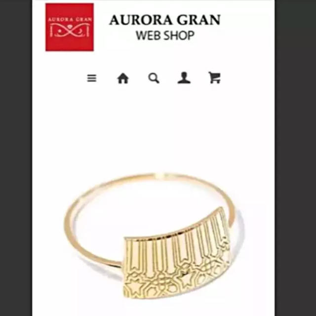 AURORA GRAN(オーロラグラン)の期間限定お値下げ❣️新品♡18k アルハンブラリング レディースのアクセサリー(リング(指輪))の商品写真
