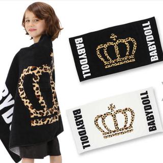 ベビードール(BABYDOLL)の新品BABYDOLL◡̈⃝♡ヒョウ柄王冠バスタオル ホワイト🅱No9(タオル/バス用品)
