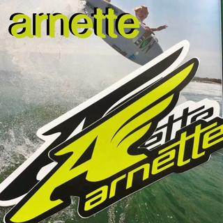 アーネット(Arnette)のarnetteアーネットUS限定bigロゴウイング型抜ステッカーlime(サーフィン)