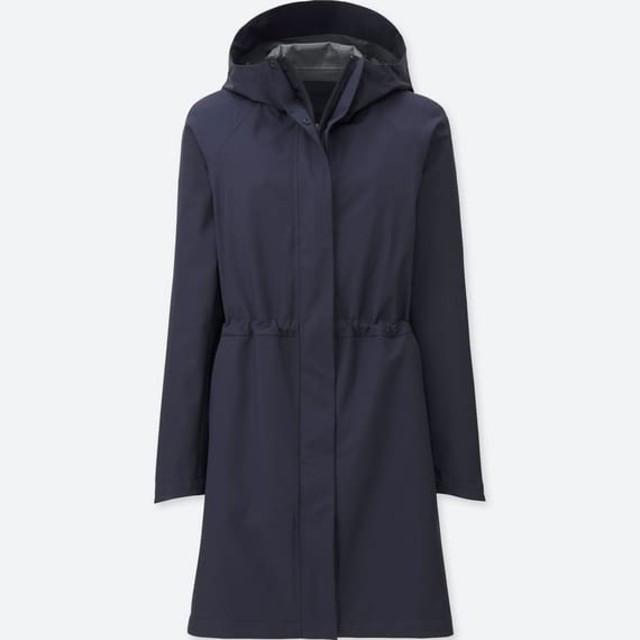 UNIQLO(ユニクロ)のユニクロ  ブロックテックコート ネイビー レディースのジャケット/アウター(モッズコート)の商品写真