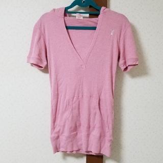 エーズラビット(Asrabbit)のVネック 半袖 パーカー(Tシャツ(半袖/袖なし))