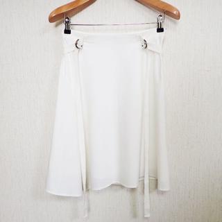 バーバリー(BURBERRY)の【極美品】バーバリー スカート アシンメトリー 38 ホワイト x024(ひざ丈スカート)