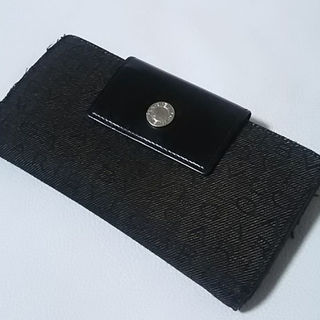 ブルガリ(BVLGARI)の名作王道総柄ロゴ!ブルガリ高級長財布人気廃盤モデル!黒(その他)
