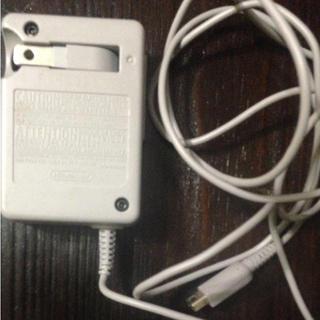 ニンテンドウ(任天堂)のDS  3DS 充電器(バッテリー/充電器)
