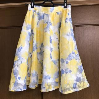 バイバイ(ByeBye)の花柄 フレアスカート(ひざ丈スカート)