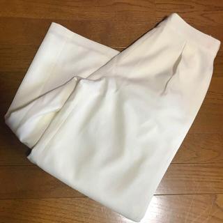 セシルマクビー(CECIL McBEE)の未使用CECIL McBEE春夏♡白ガウチョパンツ(カジュアルパンツ)