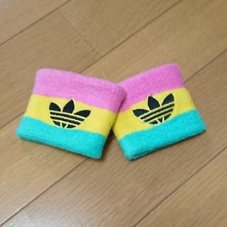 アディダス(adidas)のアディダス★リストバンド一個(バングル/リストバンド)