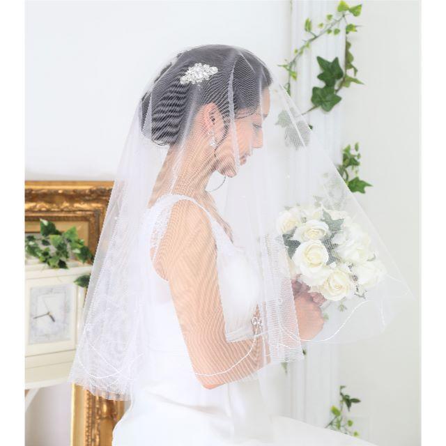 【新品】マリアベール*パール&刺繍*ホワイト*ウエディング*コーム無 レディースのフォーマル/ドレス(ウェディングドレス)の商品写真