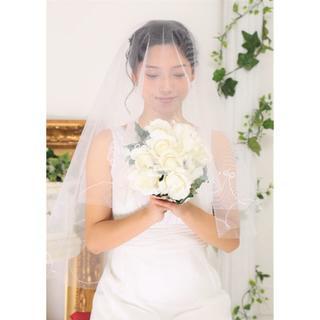 【新品】マリアベール*パール&刺繍*ホワイト*ウエディング*コーム無(ウェディングドレス)