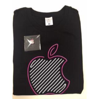 アップル(Apple)のApple store 新宿ノベルティ Tシャツ&ピンバッジ (ノベルティグッズ)
