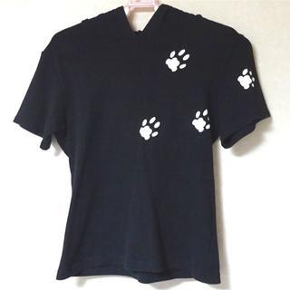 ハートイー(Heart E)のHeartEネコ耳フード付Tシャツ(黒)(Tシャツ(半袖/袖なし))
