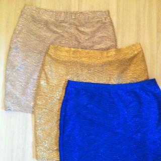 エイチアンドエム(H&M)のタイトミニスカート新品ゴールド、シルバー(ミニスカート)